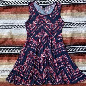 🌲 Adorable skater dress